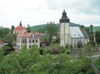 Siedlęcin – farní kostel svatého Mikuláše