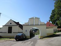 Dírná - historie obce, zámek, kostel