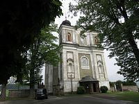 Bezděkov nad Metují - kostel sv. Prokopa a haltýře