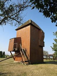 Starý Poddvorov – větrný mlýn