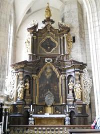Chrám Sv. Barbory - oltář v severní lodi