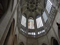 Chrám Sv. Barbory - klenba hlavní lodi se znaky cechů a erbovních měšťanů
