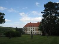 Valeč - zámek