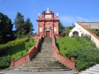Kaple Panny Marie Einsiedelnské a kaplička Panny Marie Bolestné