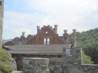 Pohled z terasy na jihozápadní palác