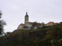 zámek a kostel od soutoku