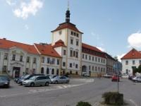 náměstí v Jílovém u Prahy
