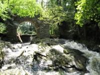 Toušický práh s peřejemi a mostem nad potokem Vavřinec