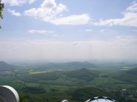 výhled z Milešovky západním směrem