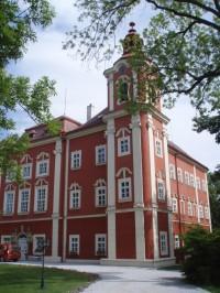 Dětenice zámek