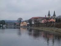Roudnice nad Labem - nábřeží od plavebních komor