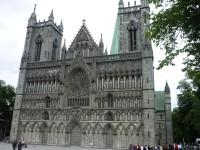 Trondheim - město s největší a nejkrásnější katedrálou ve Skandinávii