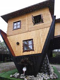 Dům vzhůru nohama
