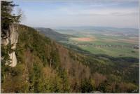 Výhled na Broumovsko z okraje Koruny