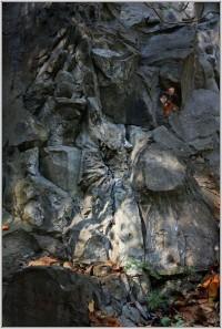 Kamenná slunce v lomu Na Mýtě