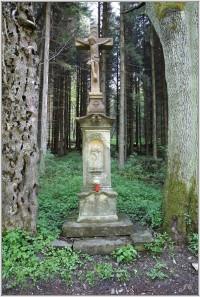 Kříž u chaty Ozón