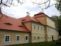 Za zrestaurovaným zámkem do Litvínova