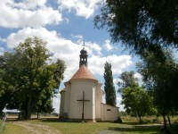 Poutní kostel Navštívení Panny Marie v Křešicích a kostel sv. Matouše..