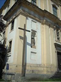 Detail rohu kostela