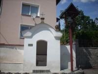 Kaplička sv.Anny a zvonička v Dolních Zálezlech