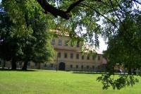Valdštejnský barokní zámek v Litvínově