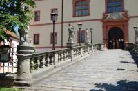 Lnáře (zámek)