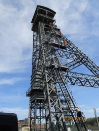 Na těžní věž bývalého Dolu Barbora