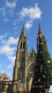 Vánoční trhy na Pražském hradě a u kostela sv.Ludmily