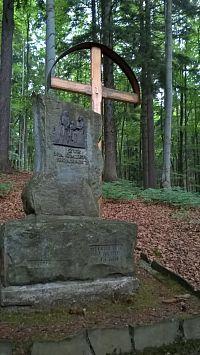 Křížová cesta v Horní Lomné
