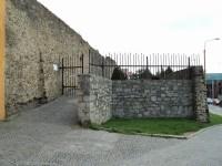 Vchod na hradby.