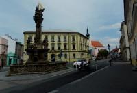 Morový sloup sv. Trojice na Riegrovém náměstí v Kroměříži