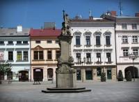 Morový sloup na náměstí Svobody ve Frýdku - Místku