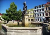 Kašna na Zámeckém náměstí ve Frýdku - Místku