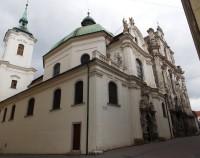 Minoritskou ulicí v centru Brna