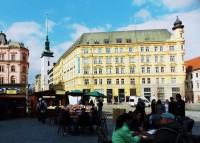 Zlatá loď na náměstí  Svobody v Brně