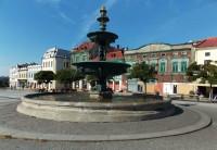 Kašna na Masarykově náměstí v Karviné