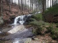 Vodopády Jeseníků s kaskádami na potoce Hučava