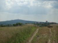 Bukovanský mlýn, v pozadí Babí lom (Stražovják)