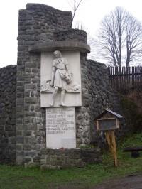 Staré Hamry-pomník Maryčky Magdonové