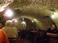 posezení v kamenném šenku místního pivovaru