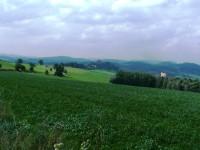 Krajina, v pozadí Pecka