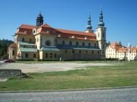 Velehradska bazilika a klaster