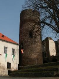 Věž hradu Svojanova