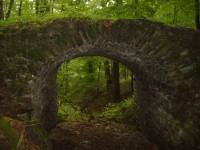 Putování za rozpadlýmy hrady moravské brány (Drahotuš)