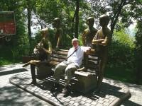 Almaty s Beatles na Kok-Tobe.