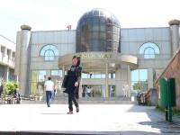 Almaty nákupní a promenádní centrum Hedvábná stezka (Zhybek Zholy avenue).