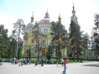 Almaty chrám Svatého nanebevstoupení v parku 28. panfilovců.