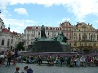 Na Staroměstském náměstí