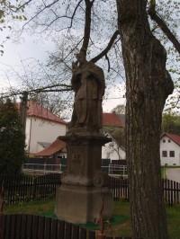 Socha sv. Jana Nepomuckého v Netíně