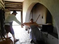 Chlebová pec ve skanzenu v Kouřimi